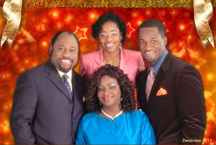 Renown pastor myles munroe and wife not daughter killed in plane